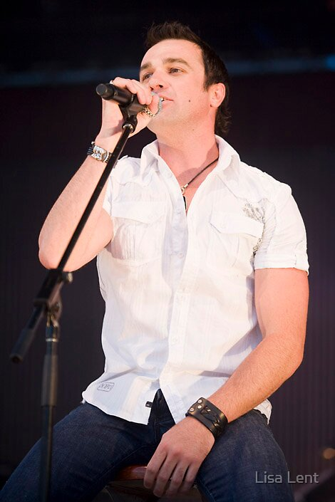 Shannon Noll by Lisa Lent