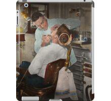 Dentist - The dental examination - 1943 iPad Case/Skin