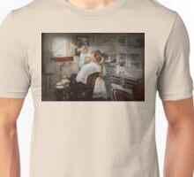 Dentist - The dental examination - 1943 Unisex T-Shirt