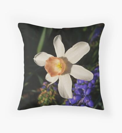 Narcissus 'Foundling' Throw Pillow