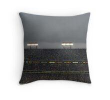 Titans vs Ravens-Rain Throw Pillow