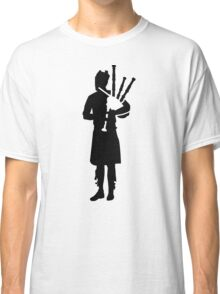 Bagpipe player Classic T-Shirt