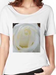 Macro of white rose Women's Relaxed Fit T-Shirt