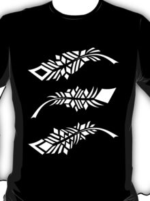 Feathers - white on black T-Shirt