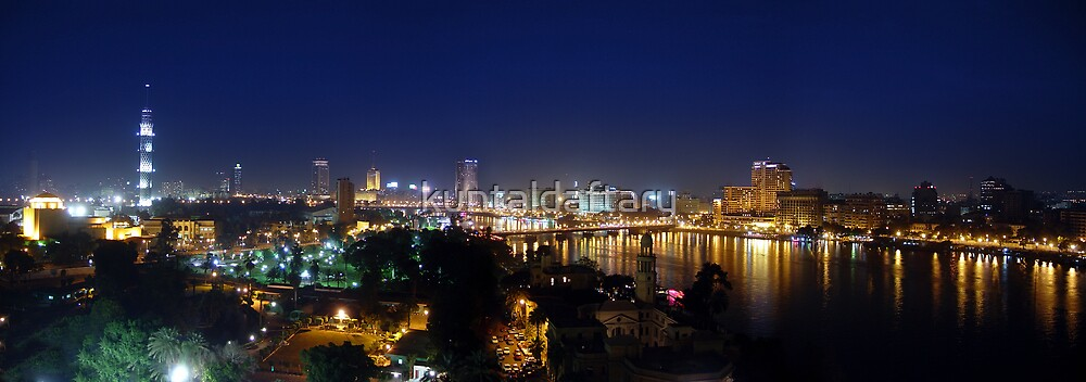 Night-time Cairo by kuntaldaftary