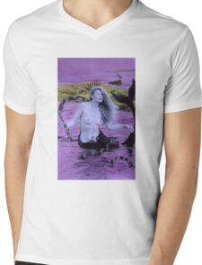 Snake Goddess Mens V-Neck T-Shirt