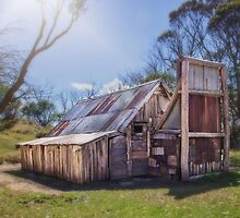 Wallace's Hut - Falls Creek by CarlaMarie  Photography