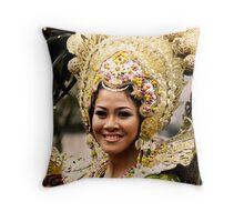 Sinulog 2009 Festival Queen Throw Pillow