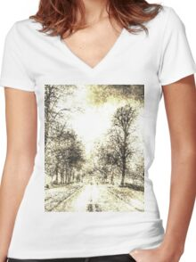 Greenwich Park London Vintage Women's Fitted V-Neck T-Shirt