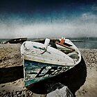 grunge boat and sky by darkvampire