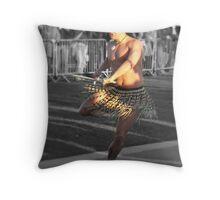 maori greeting Throw Pillow