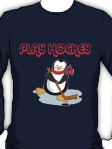 play hockey penguin T-Shirt