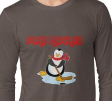 play hockey penguin Long Sleeve T-Shirt