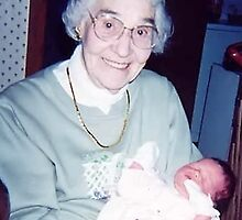 Grandma the Great at 93, Nevaeh 32 hours old. by Tracy DeVore