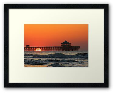 Folly Beach Pier, SC by mklue