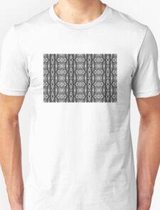 Tilia silhouette ornament C T-Shirt