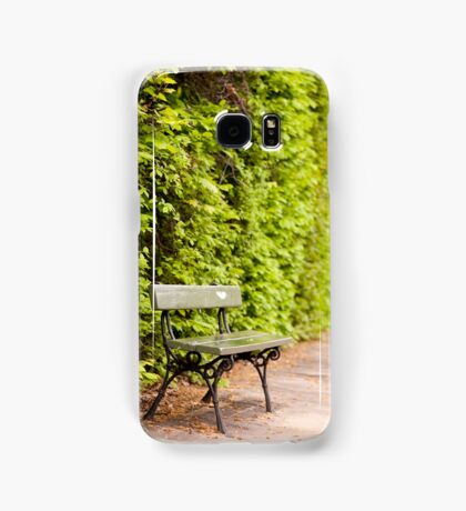hedgerow and empty bench Samsung Galaxy Case/Skin