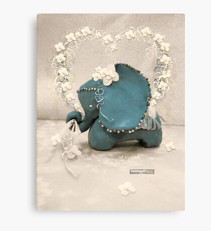 CHUNKIE Elephant Canvas Print