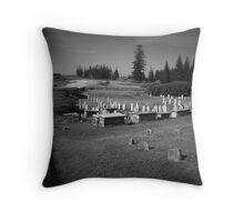 norfolk island cemetery Throw Pillow