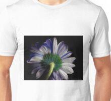 Rainy blue gerbera shining Unisex T-Shirt