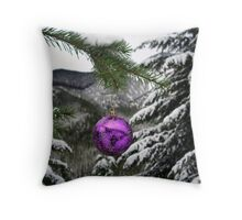 Chistmas Cheer Throw Pillow
