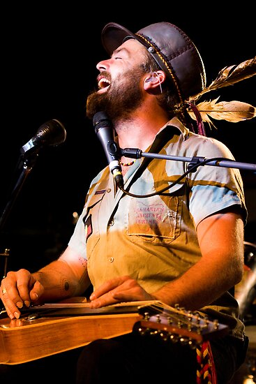 Xavier Rudd by Amy Skinder