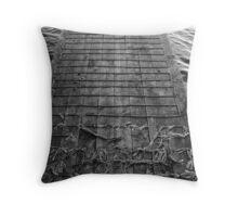 blanc et noir Throw Pillow