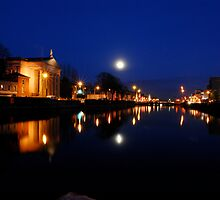 Cork By Night by rorycobbe