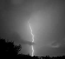 Lightningl by Keith Larby
