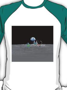 Kitten's Moon Chase Game  T-Shirt