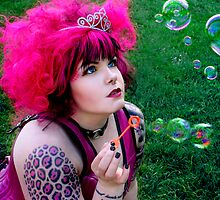 Bubbles Pink by Marie Arneklev