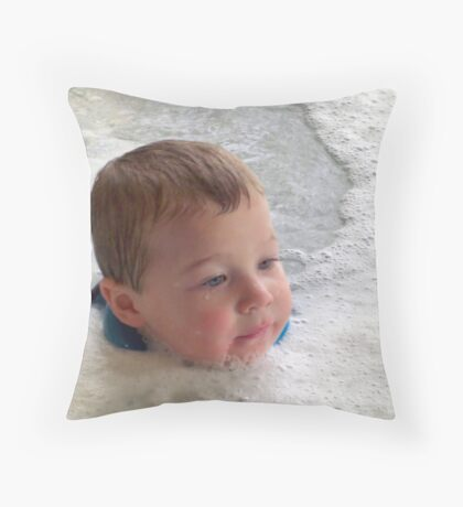 """Ain't got no body"", bubbles, bubbles, everywhere Throw Pillow"