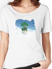 Lonely tree in the clouds Women's Relaxed Fit T-Shirt
