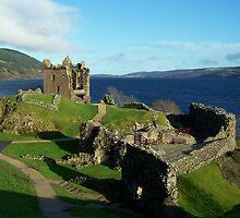 Urquhart Castle by lins