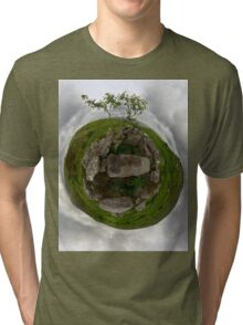 Tomb: Croaghbeg Court Tomb, Shalwy Valley, Donegal Tri-blend T-Shirt