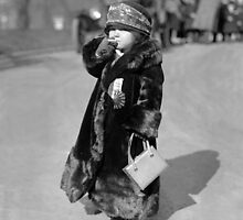 Midget Flapper Girl, 1924 by historyphoto