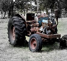 The Retired Tractor by Sprinkla