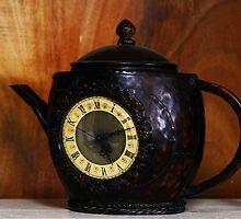 5 O'clock Tea by Mariann Kovats