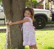 Little tree hugger by cynthia91075