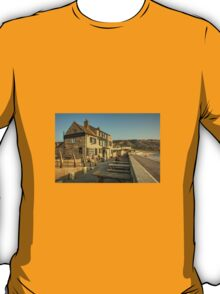 Cove House Inn  T-Shirt