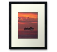 cruiser with sunset I - crucero con puesta del sol Framed Print
