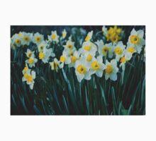 White Daffodils Kids Clothes