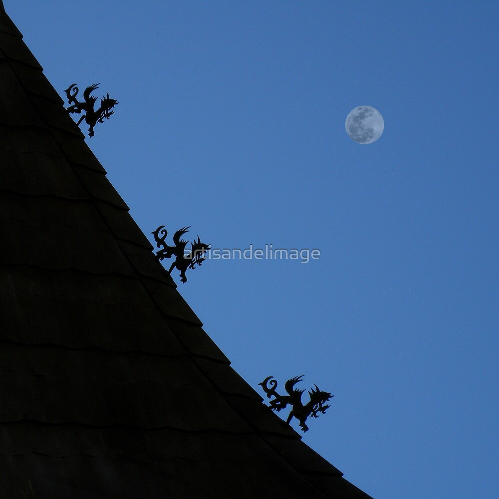 3 Little Dragons On A Roof by artisandelimage