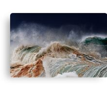 Winter Waves At Pipeline 14 Canvas Print
