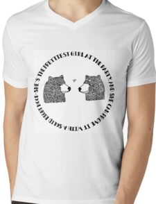 She's the Prettiest Girl at the Party - Bears Mens V-Neck T-Shirt