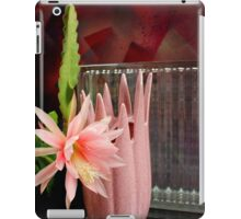 Ribbed Vase Reflected iPad Case/Skin