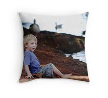 'I am amazed' Throw Pillow