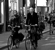 public transport by Jye Murray