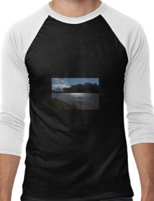 Sunlight on a bend in the river Men's Baseball ¾ T-Shirt
