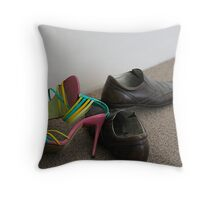 In a rush to take off Throw Pillow